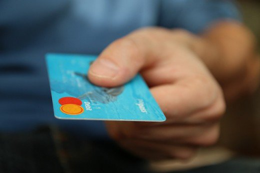 Some Cardholders Are Bourbon Kings: Have you learned nothing and forgot nothing about credit card debt and its dangers?